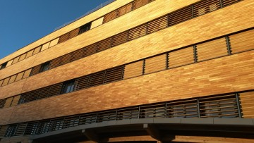 ROBINIA CLADDING & SUNSHIELDS