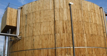 Open jointed chestnut cladding
